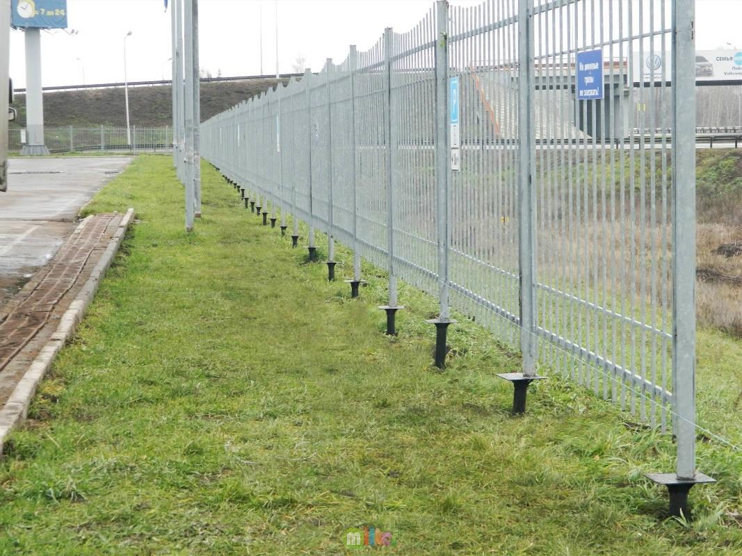 Забор из винтовых свай своими руками